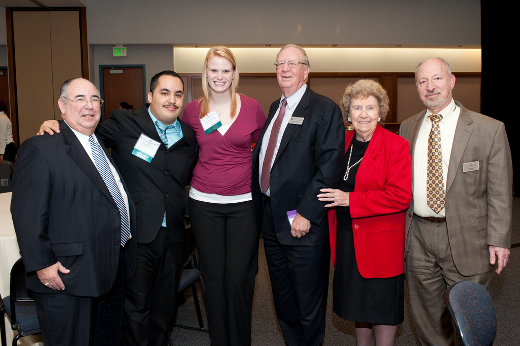 Usg Celebrates Quot Giving Back Quot At Annual Scholarship And